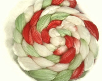 Handpainted Merino Bamboo Silk Wool Roving - 4 oz. JINGLE BELLS - Spinning Fiber
