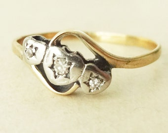 Art Deco Triple Heart Diamond Ring, 18 Carat Gold Diamond Trilogy Engagement Ring, Approx Size US 8