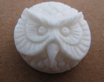 MS Carved Cow Bone Owl Face Cabochon Cab 16mm Round Bali Fair Trade