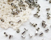 200 pcs of 3 mm Metal round eyelet Studs - Steel