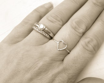 Open Heart Ring Sterling Silver Thin Wire Ring Minimalist Jewelry Love Wire Rings Bridesmaid Gifts Promise Ring Minimal Ring Gifts Under 20