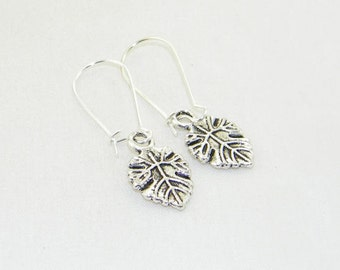 Antique silver charm dangle earrings, Summer earrings, Fall earrings, Woodland earrings, Bride, Wedding, Gift for her, Whimsical jewelry