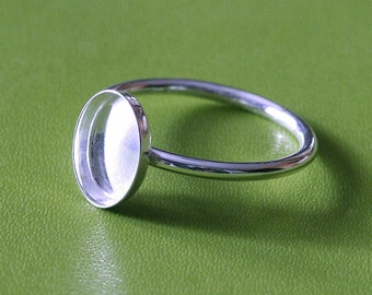 One Oval 7 x 9 mm Sterling Silver Plain Bezel Cup on Ring • Size 2 to 15 • Ready for Stone or Resin • Supplies