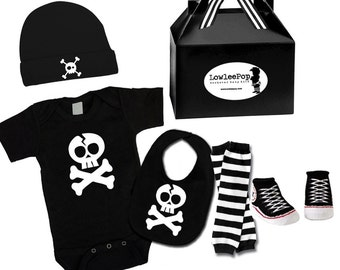Skull ROCKSTAR BABY KIT black onesie leg warmers hat Bib socks