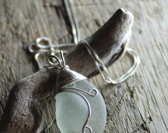 Sea Glass Necklace, Beach Glass Jewelry - GRAPEVINE