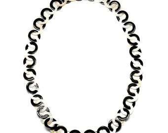 Horn & Shell Necklace - Q9684