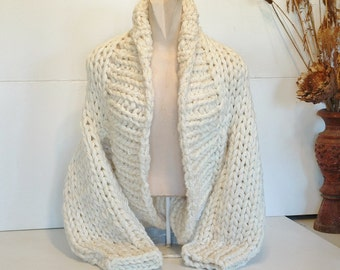 Chunky knit shrug crop cardi cardigan sweater deep shawl collar long sleeves women small medium large rich cream