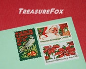 CHRISTMAS Postage stamps .. Red and Green .. Vintage Unused US Postage Stamps to mail 10 Holiday Letters or Christmas Cards