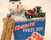 SNOWMAN in a Vintage Freeze Box Grandmothers Kitchen Christmas Decoration