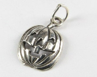 Halloween Jack O Lantern Pumpkin Sterling Silver Charm Stamped 925 with open jump ring (1 piece)
