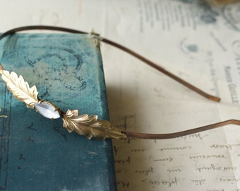 Vintage bridal headband crystal leaf jewel golden brass 1920's style elegant wedding hair accessory
