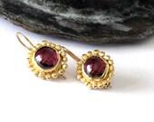 Gold Garnet Earrings,dangle earrings, gold and garnet, January Birthstone, Garnet Gemstone, Garnet Drop Earrings,Red Garnet,Garnet Cabochons