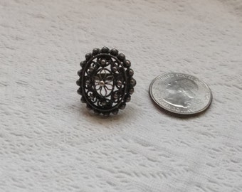 Lovely Vintage Filigree Sterling Silver Ring Size 6