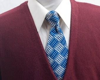 Men's Sweater / Vintage Cranberry Cardigan by Dockers / Sizse Medium
