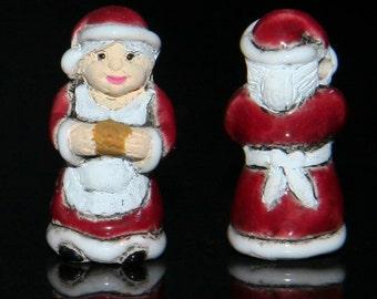 Ceramic  3d Mrs Claus Bead