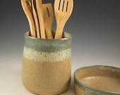 Kitchen Ceramic Utensil Holder Crock, Farmhouse Pottery, Pottery Utensil Tool Holder, Spoon Holder,  Kitchen Gift, Handmade Pottery Gift
