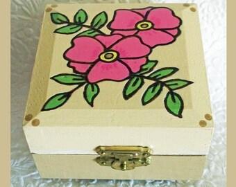 Floral Tapioca Trinket Box