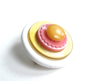 Button Brooch Pin Simple Girly Yellow and Pink Fun Vintage