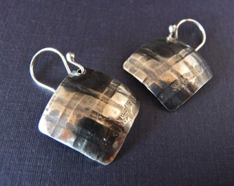 Plaid Pattern Silver Textured Earrings