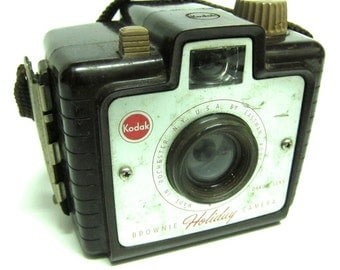 vintage Brownie Holiday camera