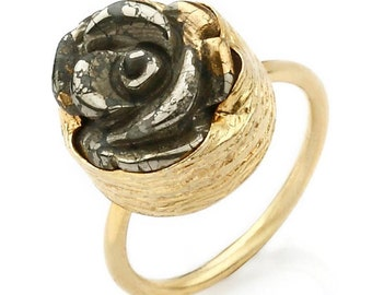Golden Rose Ring with a carved Pyrite Stone