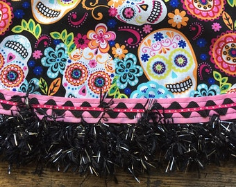Day of the Dead Tablecloth Pink and Black Sugar Skull Round Tablecloth / Tabletopper