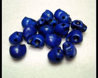 Dark Blue Dyed Synthetic Turquoise Skull Beads (Qty 17) - B2600
