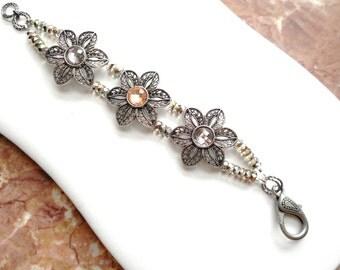 Bold Floral ....flower bracelet, gunmetal ... #484