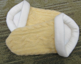 Yellow Cable Sweater Slippers - Women's Small