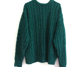 vintage HUNTER GREEN cable kit sweater. L