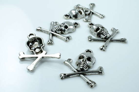 Base Metal Pirate Skull and Crossbones Charms