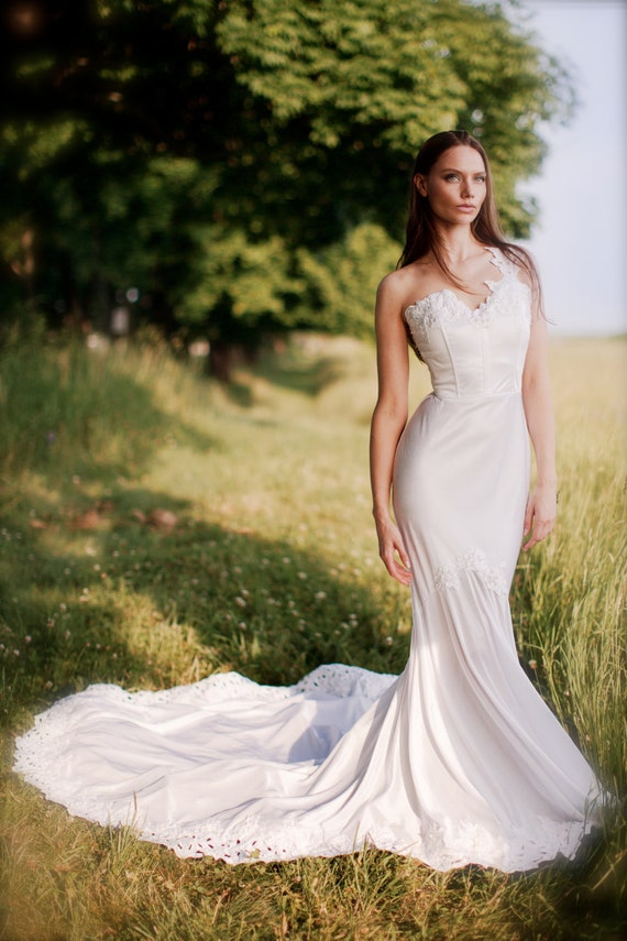 one shoulder mermaid wedding dress
