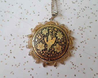 Maybe Sparrow - 60's Golden Etched Bird Pendant Necklace
