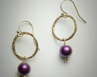 Sterling silver  medium circle earrings with plum freshwater pearl drop