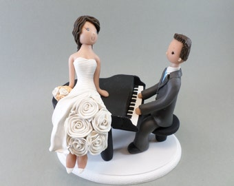 Bride & Groom with a Piano Customized Wedding Cake Topper