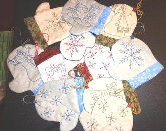 Christmas Mitten Ornaments PDF Pattern by MadCreekDesigns