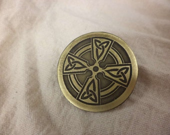 Celtic Cross Etched Brass Pin