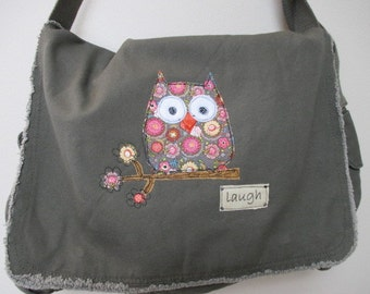 Messenger Bag, Canvas Messenger Bag, Khahi Green Messenger Bag, Book Bag, Diaper Bag, School Bag, Owl Theme,  Appliqued Owl Messenger Bag