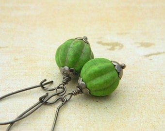 Drop Earrings - Vintage Look - Howlite Green, Rustic, Antiqued, Gun Metal, Old look, Jewelry Earrings, Jewelry, Dangle, Drop, Gift for Her