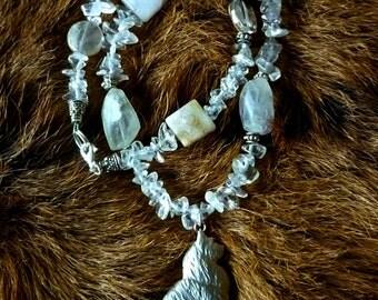 Collier pierres semi-précieuses et chat en argent