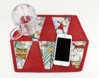 Christmas Quilted Mug Rug, Snack Mat, Coaster, Pot Holder, Trivet, Candle Mat, Primitive Rustic Red Mini Quilt
