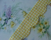 Gorgeous Antique 1960s Vintage Scalloped Gingham Buttery Yellow Soft  Lace Yardage