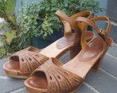 Vintage Brown Leather Sandals 70's Boho Kinney Heels Size 6