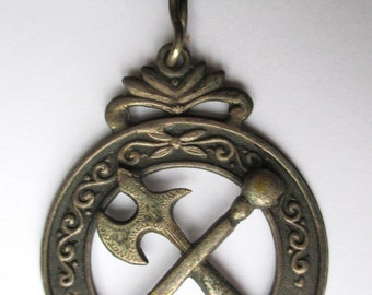 Antique ODD FELLOWS Lodge Medal -- Early 1900's
