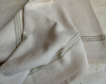 Handwoven Organic Cotton Chenille Hand Towel