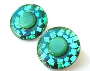 Retro Forest Emerald Green Confetti Lucite Button Earrings Festive Decor for Your Ears Fun Party Ombre Lucite Jewelry