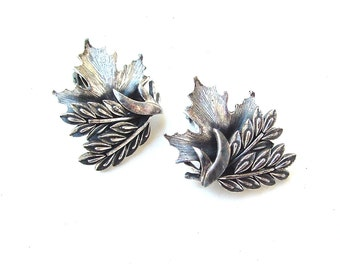 Designer TORTOLANI Earrings, Vintage Silver Tone Maple Leaf Botanical Jewelry Gifts