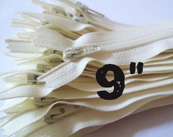 9 Inch vanilla YKK zippers, 25 pcs, ivory, off white, YKK color 121, dress, skirt, pouch zippers