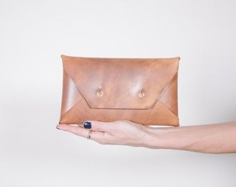 Waxed Large Clutch