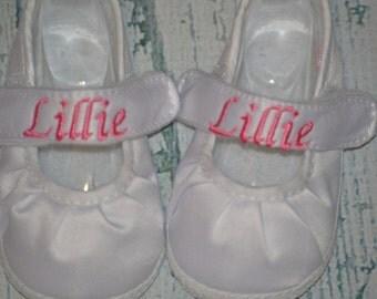 Satin Keepsake MARY Jane Infant Monogrammed Shoe Personalized, Baby Crib Shoe, Baptism Shoe